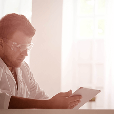 Square_400px_Scientist_Reading-664320-edited.png
